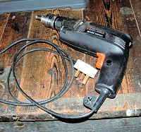 powered hand drill